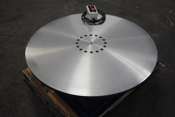 TrioFab 6000lb New Turntable: Top