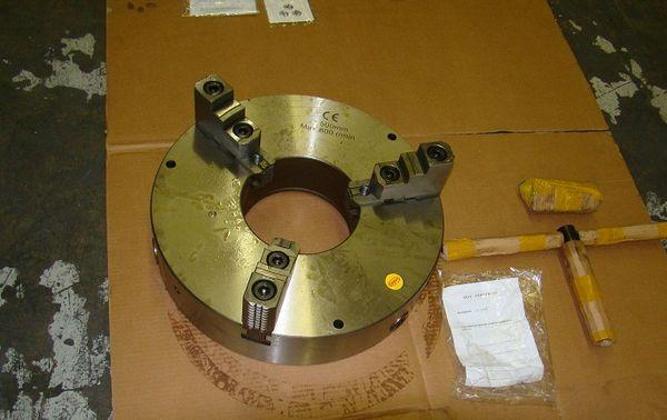 "20"" 3-Jaw Self Centering Welding Chuck"